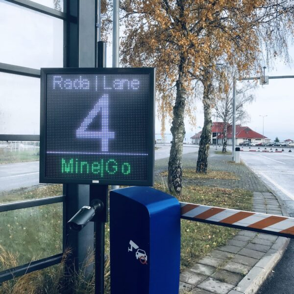 HOW TO IMPROVE USER EXPERIENCE AT PORT AREA WITH SMART PORT AND OVER 20 LED MESSAGE BOARDS